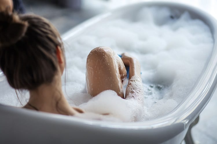 WHAT IS THE POINT OF A BATH BOMB?