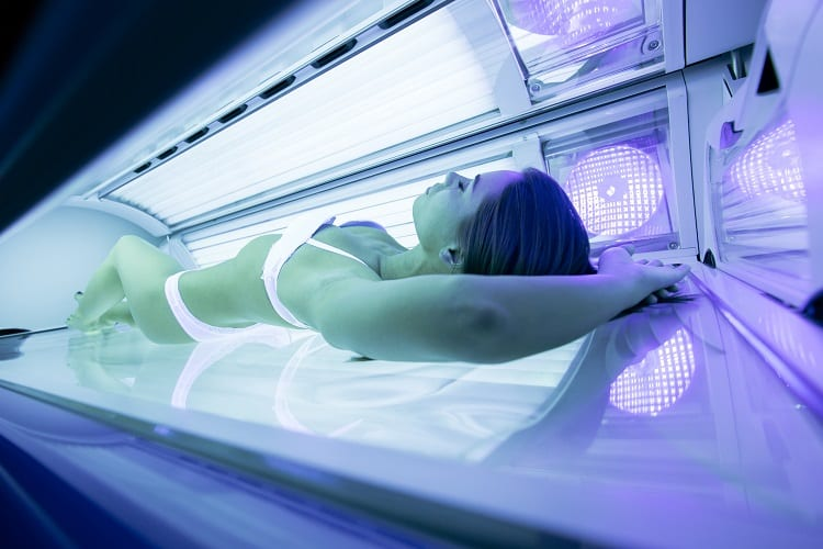 CAN YOU GET A TAN IN A TANNING BED WITHOUT INDOOR TANNING LOTION?