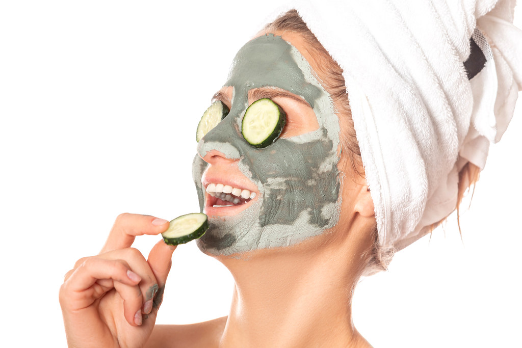 How to Make A Skincare Mask Out of Clay 2