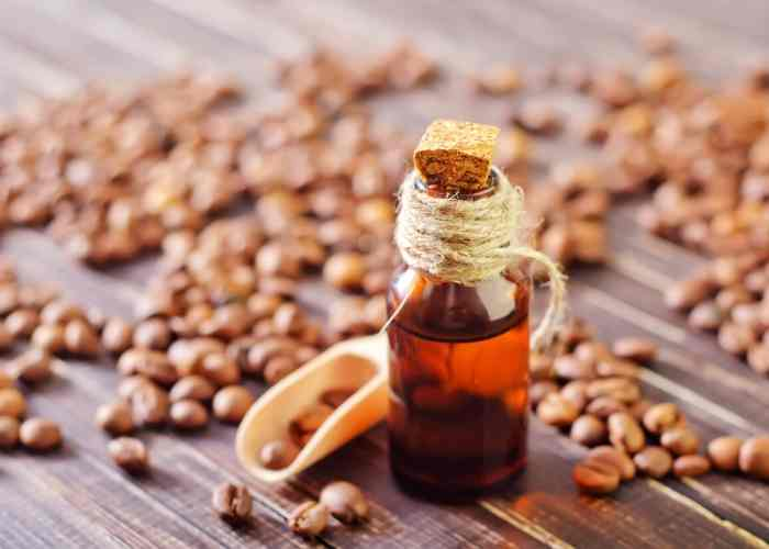 How to Make Coffee Infused Oil for Skin: Benefits and More 4